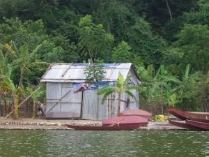 Auch einfache Unterkünfte sieht man auf seiner Reise durch Vietnam