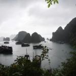 Auch in der Halong Bucht kann es mal schlechtes Wetter geben