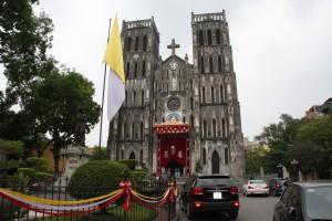 Die St. Josephs-Kathedrale im Zentrum von Hanoi