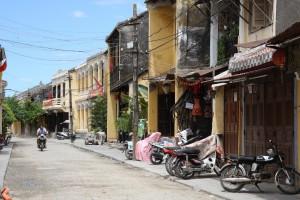 Die Häuserfronten in Hoi-An haben sich ihren alten Charme bewahrt