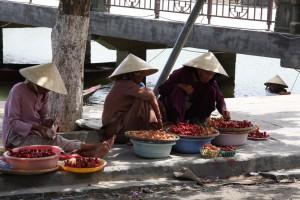 Frische Früchte und Obst findet man in Vietnam fast überall