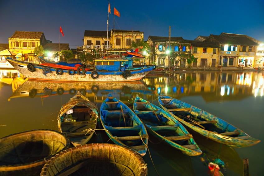 Altstadt von Hoi-An bei Nacht