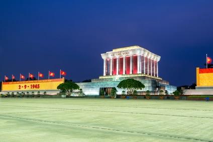 Das Ho-Chi-Minh Mausoleum in Hanoi ist auch ein populärer Touristenmagnet.